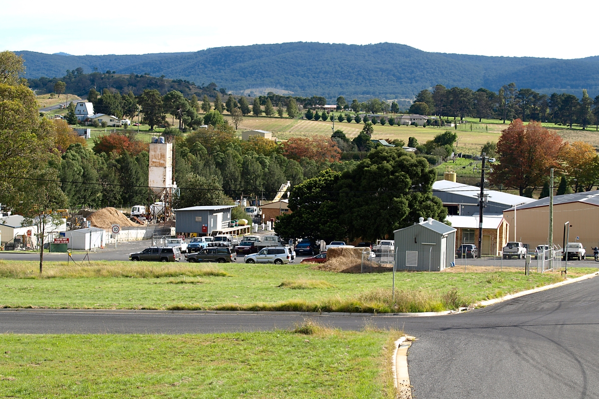 Tenterfield Industrial Estate, photo by Ruth Offer